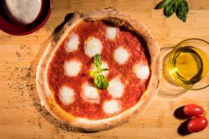pizza margheritapizza margherita trofarello