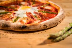 asparagi e uovo pizza e arte trofarello