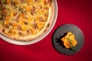 salsiccia e zucca pizza e arte trofarello